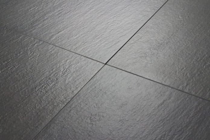Terrassenplatten reinigen