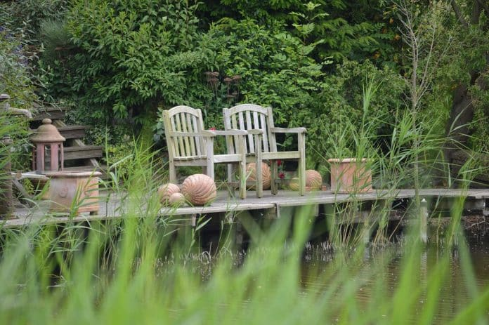 Gartenmöbel Aus Holz - Infos & Beratung Zu Verschiedenen ... Gartenmobel Aus Holz Richtige Wahl